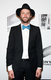 Paul McDonald added just a touch of old-school flare to his red carpet look with this blue bow tie.