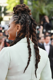 Ava DuVernay looked funky with her braided dreadlocks at the 2018 Cannes Film Festival opening gala.
