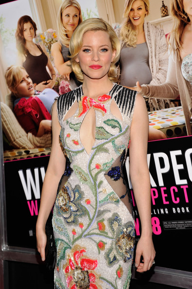 More Pics of Elizabeth Banks Bright Lipstick (2 of 20) - Elizabeth Banks Lookbook - StyleBistro