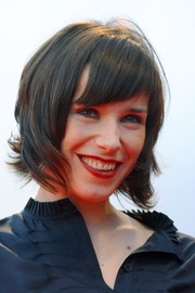 Sally Hawkins looked tres chic with her trendy layered cut at the 2007 Venice Film Festival.