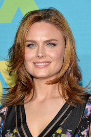 Emily Deschanel sported messy-chic feathered waves during the Fox Programming Presentation.