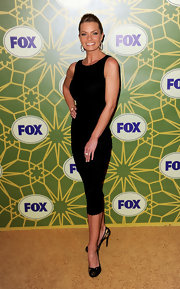 Jaime Pressly blew us away in a black pencil dress for the Fox All-Star Party.