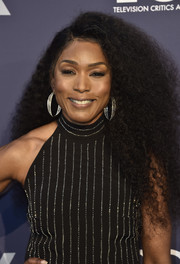 Angela Bassett looked fab wearing her natural hair at the Fox Summer TCA 2018 All-Star Party.