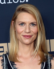 Claire Danes sported a straight 'do with a teased top at the FYC event for 'Homeland.'