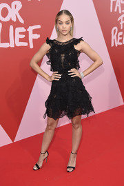Jasmine Sanders complemented her LBD with a pair of ankle-strap sandals by René Caovilla.