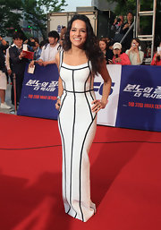 Michelle Rodriguez rocked this white bandage dress that featured black piping at the South Korea premiere of 'Fast & Furious 6.'