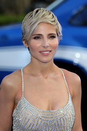 Elsa Pataky's grown-out pixie looked totally lovely when parted to the side.
