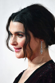 Rachel Weisz showed off a beautiful pair of diamond chandelier earrings by Asprey at the UK premiere of 'The Favourite.'