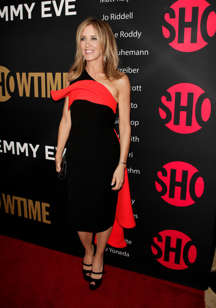 Felicity Huffman Peep Toe Pumps [little black dress,fashion model,flooring,dress,shoulder,cocktail dress,carpet,fashion,joint,red carpet,arrivals,felicity huffman,sunset tower,west hollywood,california,party,showtime emmy eve,showtime emmy eve party]