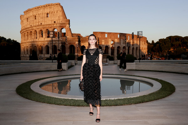 More Pics of Zoey Deutch Strappy Sandals (1 of 15) - Heels Lookbook - StyleBistro [reflection,landmark,fashion,architecture,dress,sky,water,photography,tree,tourism,zoey deutch,cocktail,rome,italy,fendi couture fall winter 2019]