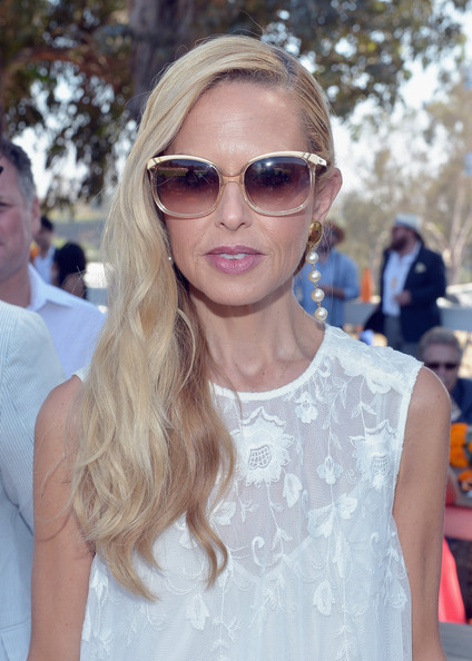 Rachel Zoe accessorized with a pair of dangling pearl earrings at the 5th Annual Veuve Clicquot Polo Classic.