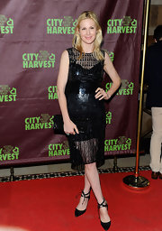 Kelly Rutherford gave us a new LBD to love on the red carpet of An Evening of Practical Magic.