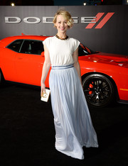 Karine Vanasse looked airy and chic in a flowy two-tone gown by Vionnet during the premiere of 'Focus.'
