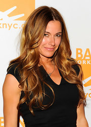 Kelly Bensimon wore her hair in her signature style featuring long soft waves while attending the 2012 Can-Do Awards Dinner.