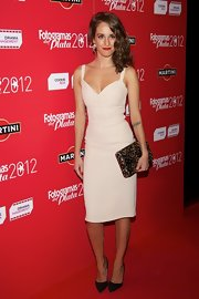Silvia Alonso opted for this pin-up style dress for her glamorous red carpet look at the Fotogramas Awards.