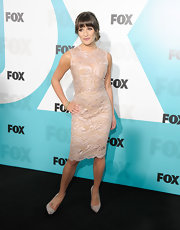Lea Michele attended a FOX post-show party wearing a pair of sexy grey suede pumps.