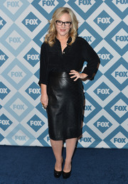 Rachael Harris was stylish at the Fox All-Star party in her black-on-black ensemble, consisting of a leather skirt and a button-down.