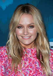 Becki Newton styled her hair with soft, boho waves for the Fox All-Star party.