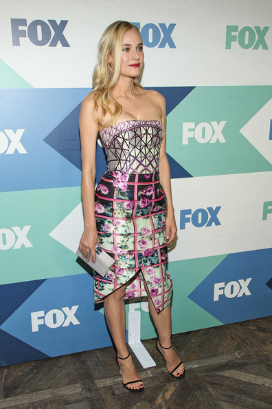 More Pics of Diane Kruger Print Dress (1 of 3) - Diane Kruger Lookbook - StyleBistro