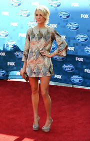 Carrie dazzled at the 'American Idol' finale in a mini dress paired with embellished platform slingbacks.