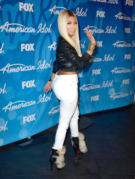 http://www1.pictures.stylebistro.com/gi/Fox+American+Idol+2013+Finale+Results+Show+2BeaP_qCml-l.jpg