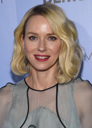 Naomi Watts was gorgeously coiffed with this curly lob at the screening of 'Demolition.'