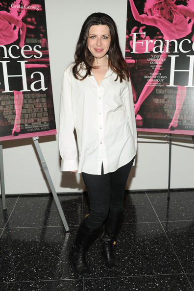 More Pics of Heather Matarazzo Button Down Shirt (1 of 2) - Button Down Shirt Lookbook - StyleBistro
