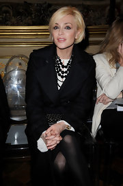 Paola Barale's layered black gemstone necklaces were an ultra-classy finish to her outfit.