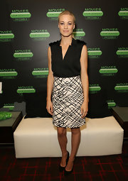 Yvonne wore this white and black abstract pencil skirt for the 'I, Frankenstein' press conference.