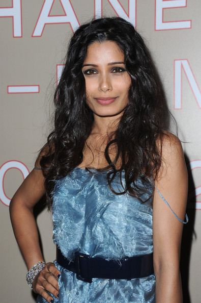 Freida Pinto Long Curls