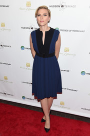Scarlett Johansson went for a modest, classic look in this blue and black Proenza Schouler dress during the Hurricane Sandy Fundraiser.