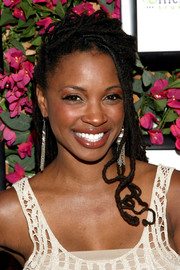 Shanola Hampton looked cool with her dreadlocks while visiting the GBK Productions luxury lounge.