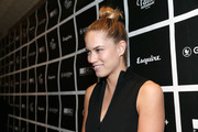 Cody Horn pulled her tresses up into a trendy top knot for the GOOD+ Foundation Fatherhood Lunch.