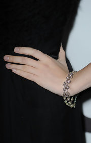 Actress Anna Kendrick added a little sparkle to her look with a diamond beaded bracelet.