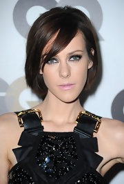 Jena Malone showed off a classic bob in a warm chocolate brown shade that's perfect for the fall season.