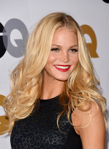 More Pics of Erin Heatherton Long Wavy Cut (1 of 9) - Erin Heatherton Lookbook - StyleBistro