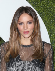 Katharine McPhee styled her hair with a center part and flippy ends for the GQ Men of the Year party.