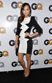 Ashley Madekew looked artsy in this geometric black-and-white dress at the GQ Men of the Year Party.