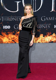 Natalie Dormer went for classic glamour in a black one-shoulder column dress by Armani at the 'Game of Thrones' season 8 premiere.