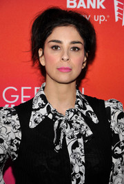 Sarah Silverman attended the Backstage at the Geffen Fundraiser sporting a messy, '60s-inspired updo.