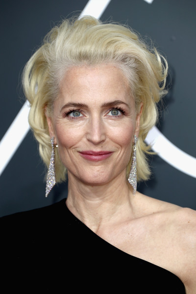 Gillian Anderson Messy Cut [image,hair,blond,eyebrow,human hair color,beauty,hairstyle,chin,forehead,smile,layered hair,arrivals,gillian anderson,golden globe awards,hair,hairstyle,fashion,eyebrow,beverly hills,annual golden globe awards,gillian anderson,the x-files,beverly hills,image,hairstyle,golden globe award,75th golden globe awards,photograph,fashion,blond]