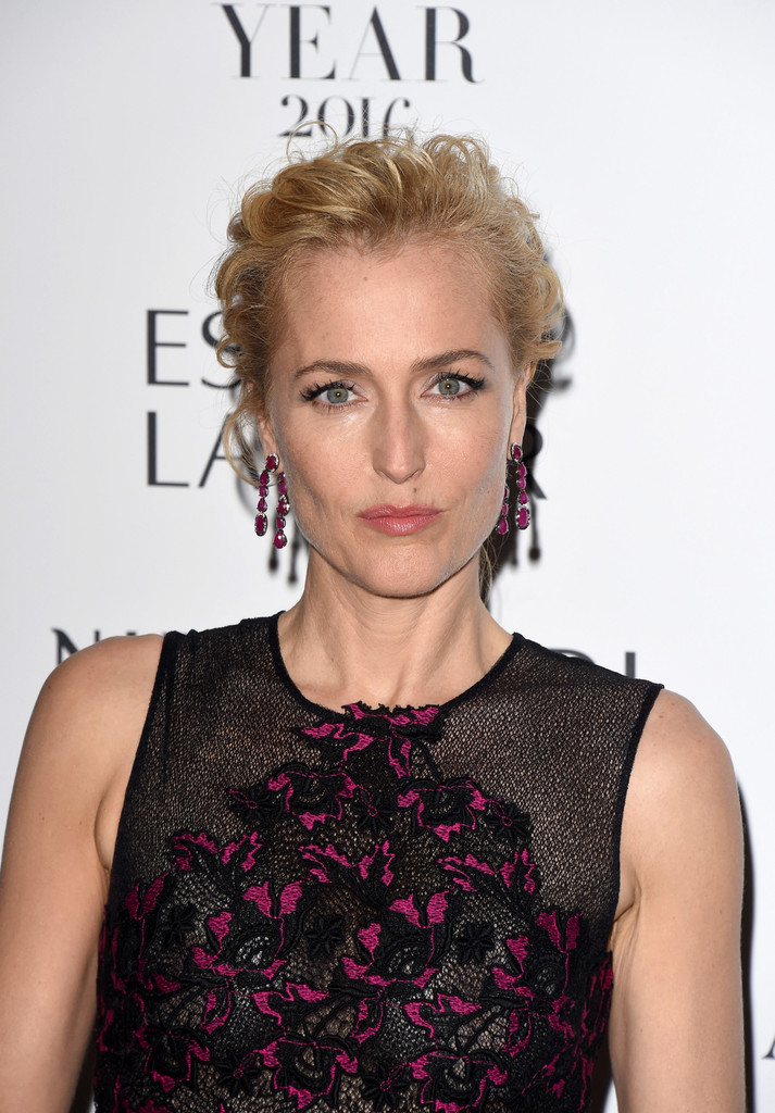 Gillian Anderson Nude Photos 91