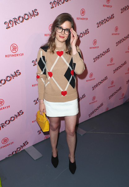 Gillian Jacobs Leather Purse [photo,eyewear,clothing,fashion,yellow,glasses,footwear,leg,lip,shoulder,outerwear,gillian jacobs,caption,los angeles,refinery29 29rooms,row dtla,california,refinery29,getty images,turn it into art opening night party]