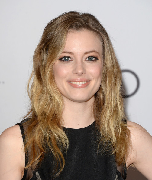 Gillian Jacobs Long Wavy Cut