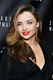 Miranda Kerr looked fab (as always) with her lush waves during the 5050 boot anniversary.