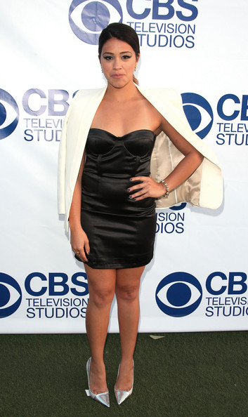 Gina Rodriguez Pumps [clothing,dress,shoulder,cocktail dress,joint,little black dress,carpet,leg,footwear,electric blue,arrivals,gina rodriguez,the london west hollywood,california,cbs,summer soiree,cbs summer soiree]