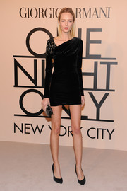 Daria Strokous looked 10 feet tall in this elegant LBD with an asymmetrical neckline during the Giorgio Armani SuperPier show.
