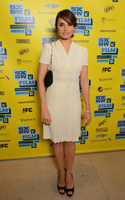 Mia Maestro looked casual and cool in a pleated cream dress at the 'Some Girl(s)' red carpet.