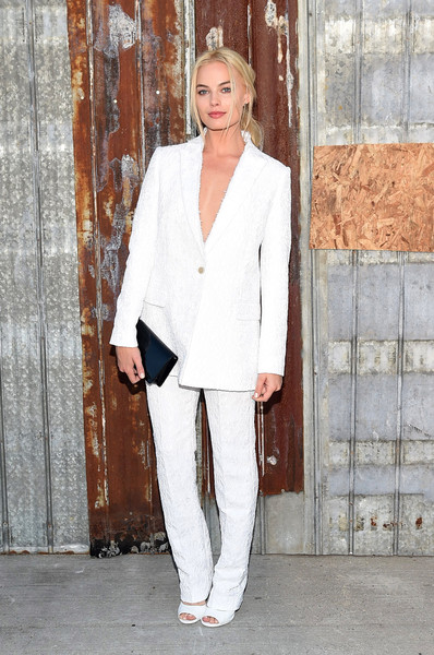 More Pics of Margot Robbie Pink Lipstick (1 of 3) - Margot Robbie Lookbook - StyleBistro [clothing,white,suit,pantsuit,fashion,formal wear,blazer,outerwear,tuxedo,street fashion,givenchy - arrivals,margot robbie,pier 26,new york city,hudson river park,givenchy,new york fashion week,fashion show]