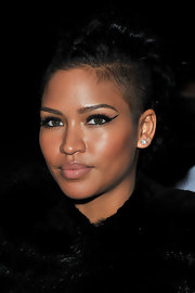 Cassie Ventura attended the Givenchy fall 2012 fashion show in Paris wearing dramatic liquid eyeliner.